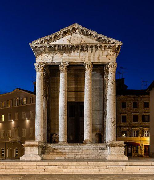 مقبره آگوستوس در کروآسی